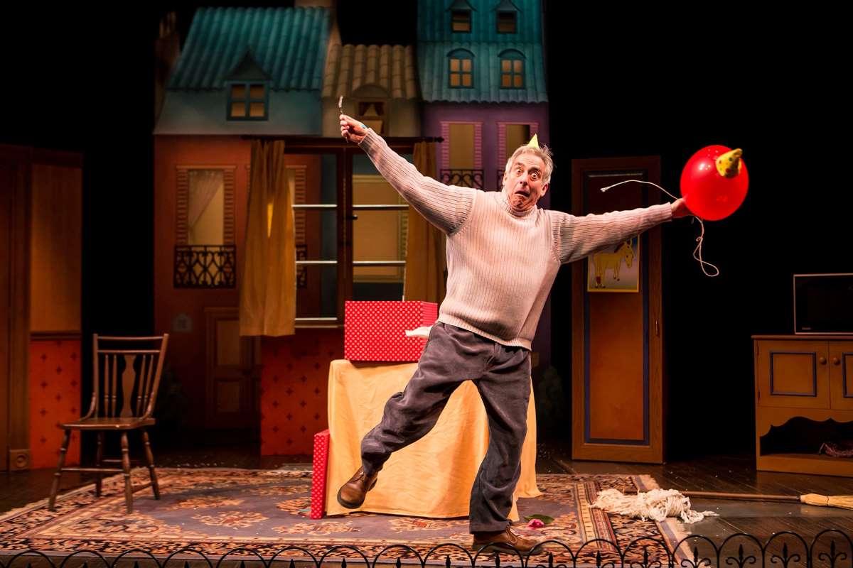 Robert Dorfman in Children's Theatre Company production of Balloonacy