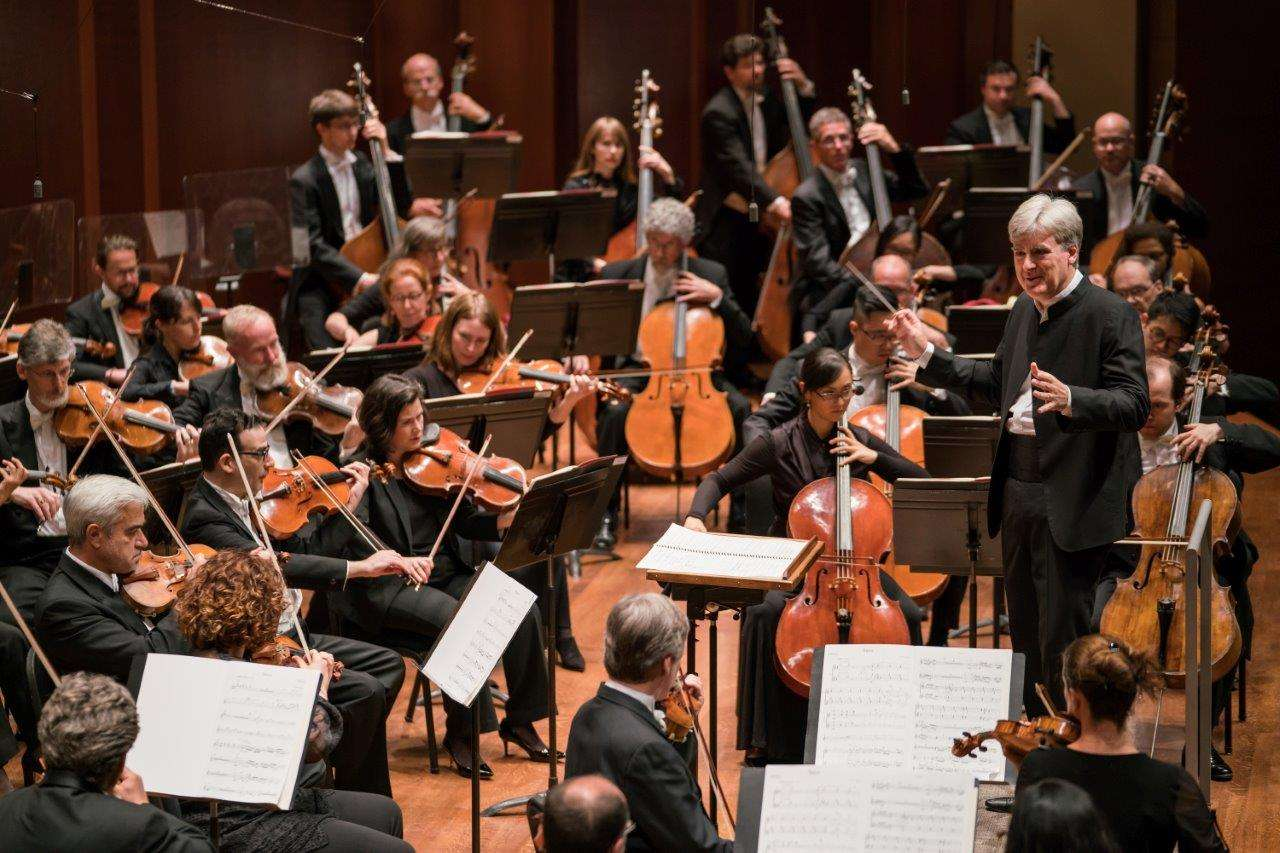 Thomas Dausgaard conducting the Seattle Symphony