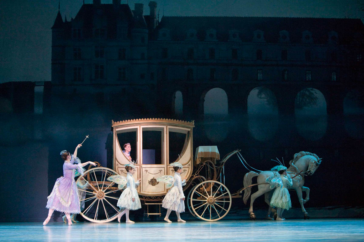 Pacific Northwest Ballet company in Cinderella