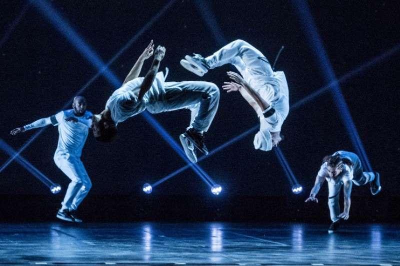 dancers in the hip hop nutcracker