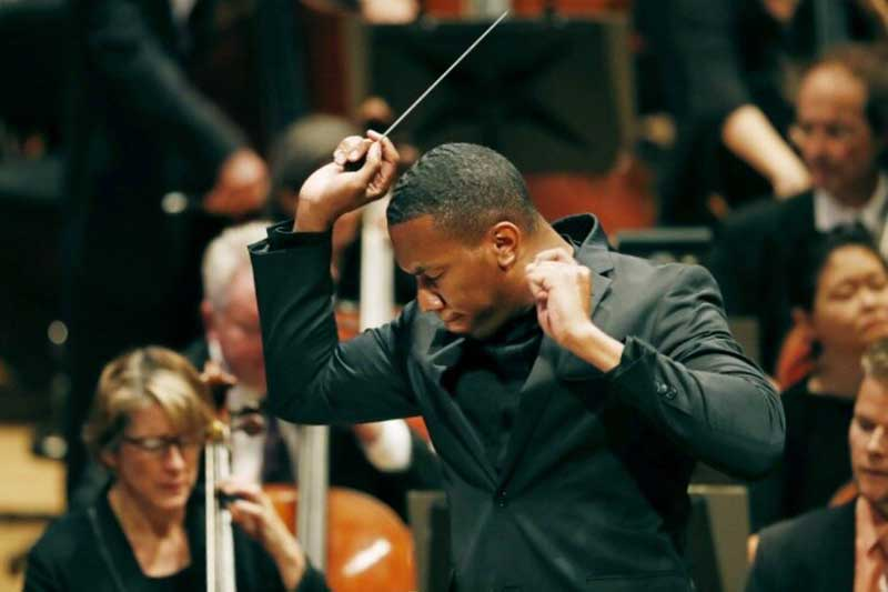 Conductor Roderick Cox