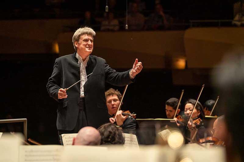 Conductor Thomas Dausgaard in performance